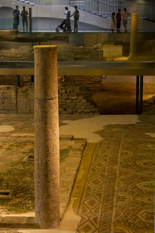 The Roman remains of Hispalis, deep beneath the plaza La Encarnacion...