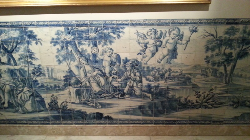 I love the 18th-century panels of traditional azulejos tiles in the Sala de Lago...