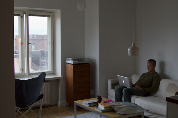 Casting prose spells from a penthouse in Kallio...