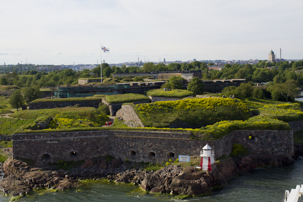 Threading the gap by the island fortress of Suomenlinna...