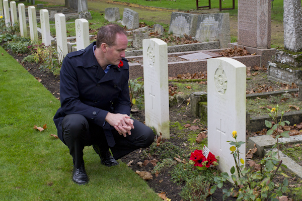 Many thanks to Trudy and the wonderful community of people who look after these graves, and conduct remembrance ceremonies here every Nov 11th and at Christmas