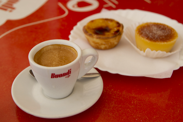 I am seriously addicted to those custard tarts. It's the perfect accompaniment to strong coffee.