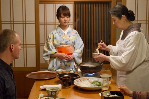Preparing the Fugu-chiri at our table...