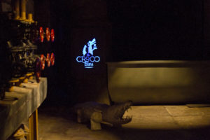 Le Croco Bleu lends craft cocktails an industrial chic...