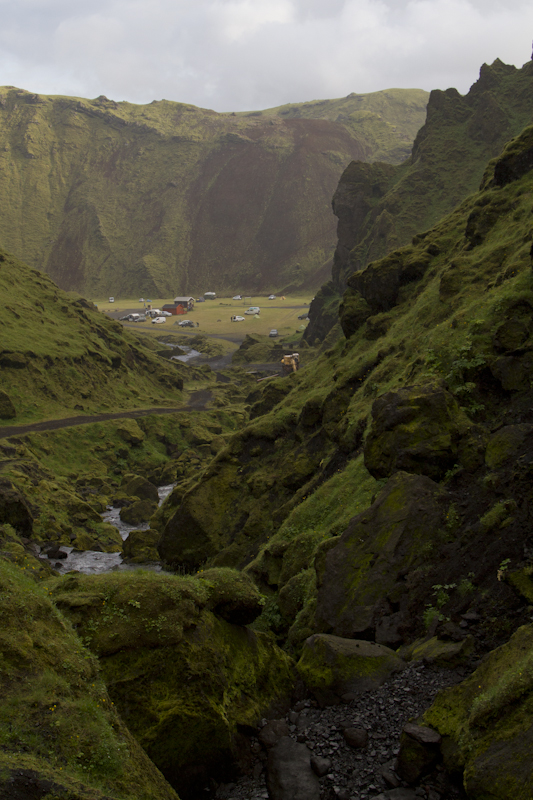 ...this is one of the quieter campsites 14km off the Ring Road (called Thakgil)...