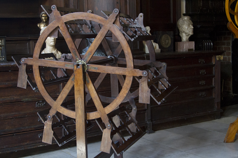 Peruse six volumes at once with this brilliant 19th century reading wheel